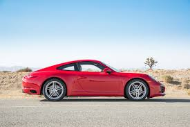 porsche carrera 2017 porsche 911 2017 motor trend car of the year finalist motor trend