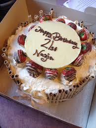 Chocolate And Cream Bedroom Ideas Strawberry Chocolate Fresh Cream Birthday Cake Cake