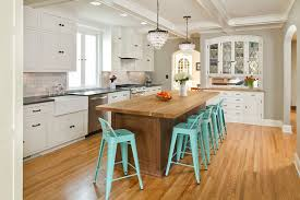 kitchen islands lighting how to get your kitchen island lighting right