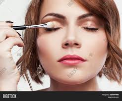 The easiest beauty trend ever  natural makeup   Chatelaine Pinterest