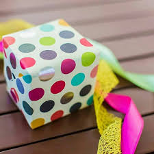 polka dot gift wrap 232 best polka dot gift wrapping ideas and more dots images on