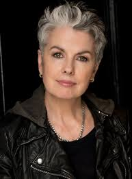 what enhances grey hair round the face silver grey hair hair and beauty pinterest silver grey