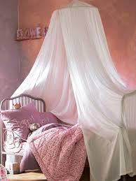 vertbaudet chambre fille rideau ciel de lit rangement et décoration