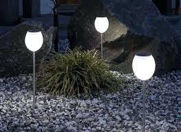 best outdoor landscape lighting 3 easy landscape lighting tricks
