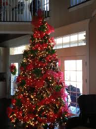 christmas tree with red mesh christmas pinterest christmas