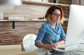 travail de bureau sans diplome voici les 10 emplois les plus payants sans diplôme universitaire