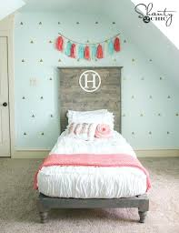 Bed Headboards And Footboards Diy Twin Bed By Shanty2chic Such A Great Headboard With This Chic