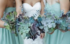 Wedding Flowers Guide A Guide To The Most Popular Wedding Flowers By Season Wedding