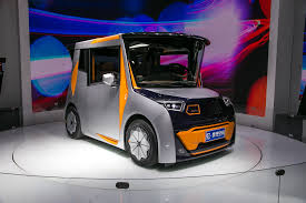 cool electric cars are you ready for chris bangle u0027s reds all electric car is made