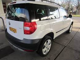 used white skoda yeti for sale surrey
