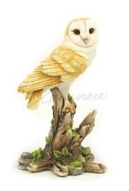 veronese barn owl on tree stump statue hostess