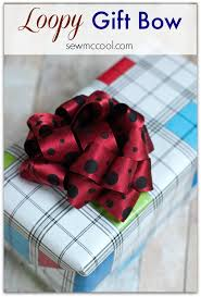 gift bow diy how to make a gift bow from ribbon sew mccool