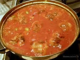 cuisiner paupiette de veau paupiettes de veaux en sauce tomate et oignons recette facile
