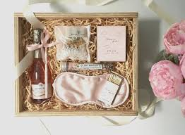 bridesmaid boxes wedding gift box ideas lovely wedding gift boxes for bridesmaids