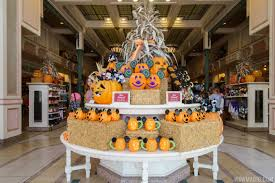 mickey s not so scary halloween 2017 all the details and schedules for the 2017 mickey u0027s not so scary