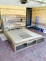 Build A Platform Bed Using Pallets by Diy Pallet Bed With Headboard And Lights