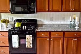 Beadboard Backsplash Kitchen Kitchen Country Kitchen Ideas On A Budget Table Linens Wall