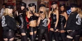kate hudson rocks leather u0027mother of anarchy u0027 costume for