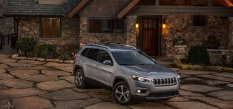 turbo jeep cherokee 2019 jeep cherokee bows with a fresh face fcauthority