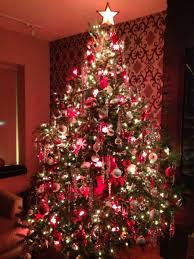 a christmas tree u0027s beauty comes alive in layers toronto star