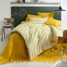 jeté de canapé jaune le couvre lit boutis en 75 images archzine fr