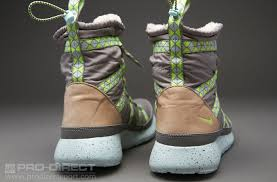 womens boots pro direct nike sportswear womens roshe run sherpa print sneakerboot womens