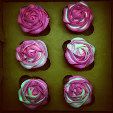 two tone rose cupcakes for work colleague u0027s baby shower leaving