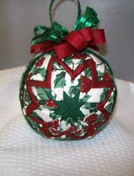 Quilted Christmas Ornaments To Make - quilted ornament would be cool to try and make christmas