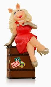muppet stuff hallmark s 2015 muppet ornament miss piggy