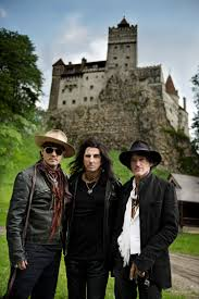 Dracula S Castle Hollywood Vampires News