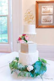 wedding cake ottawa contemporary wedding cake decorated with fresh flowers and a