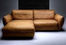 sofa leder braun superflu magazin fashion design travel lifestyle
