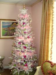 My Christmas Tree by Trim The Tree Thursday My Pink And White Christmas Tree