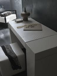 Nightfly White Bedroom Vanity Set Nightfly White Finish Modern Platform Bed