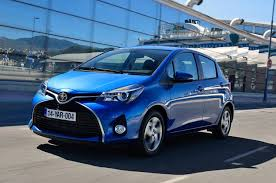 toyota yaris maintenance required light meaning toyota yaris 1 33 vvt i icon first drive