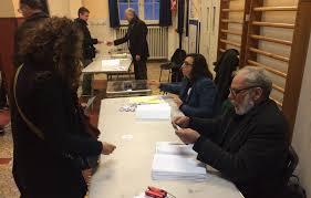 bureau de vote tours primaire à gauche le jdd a fait le tour des bureaux de votes