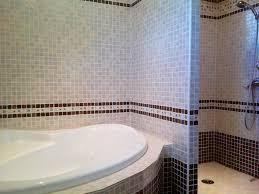 salle de bain style romain villa contemporaine avec piscine vaucluse 1276666 abritel