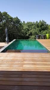 carrelage grand format pour piscine les 25 meilleures idées de la catégorie carrelage piscine sur