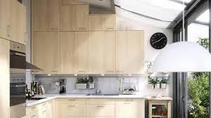 rangement haut cuisine idées reçues pour cuisine n 1 mettre un maximum de