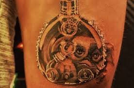 i don u0027t know how i feel about game u0027s new gremlins tattoo