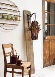 20 salvaged wood decorating ideas