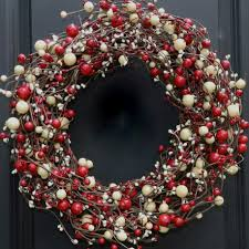 How To Decorate A Christmas Wreath Home Design Decorated Christmas Wreaths Christmas Christmas