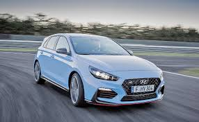 hyundai u0027s i30 n aims to compete with vw golf gti