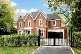 luxury new homes surrey london home counties uk octagon