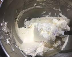 recipe u2013 swiss meringue buttercream u2013 the hungry giraffe