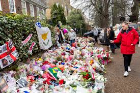 grieving george michael fans make new year u0027s day pilgrimage to