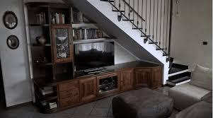 soggiorno sottoscala stunning arredare sottoscala soggiorno pictures idee arredamento