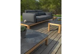table pour canapé base canapé structure en teck tekura les jardins