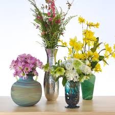 How To Design Flowers In A Vase A Beginner U0027s Guide To Flower Arranging