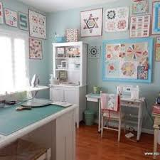 how to make a quilt design wall for your sewing room or home